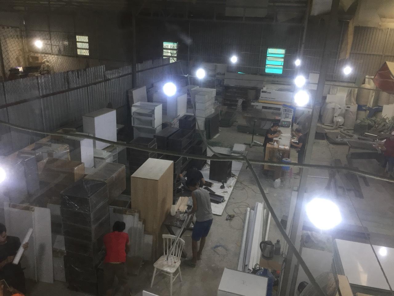 Xưởng thi công đóng tủ bếp tại hcm